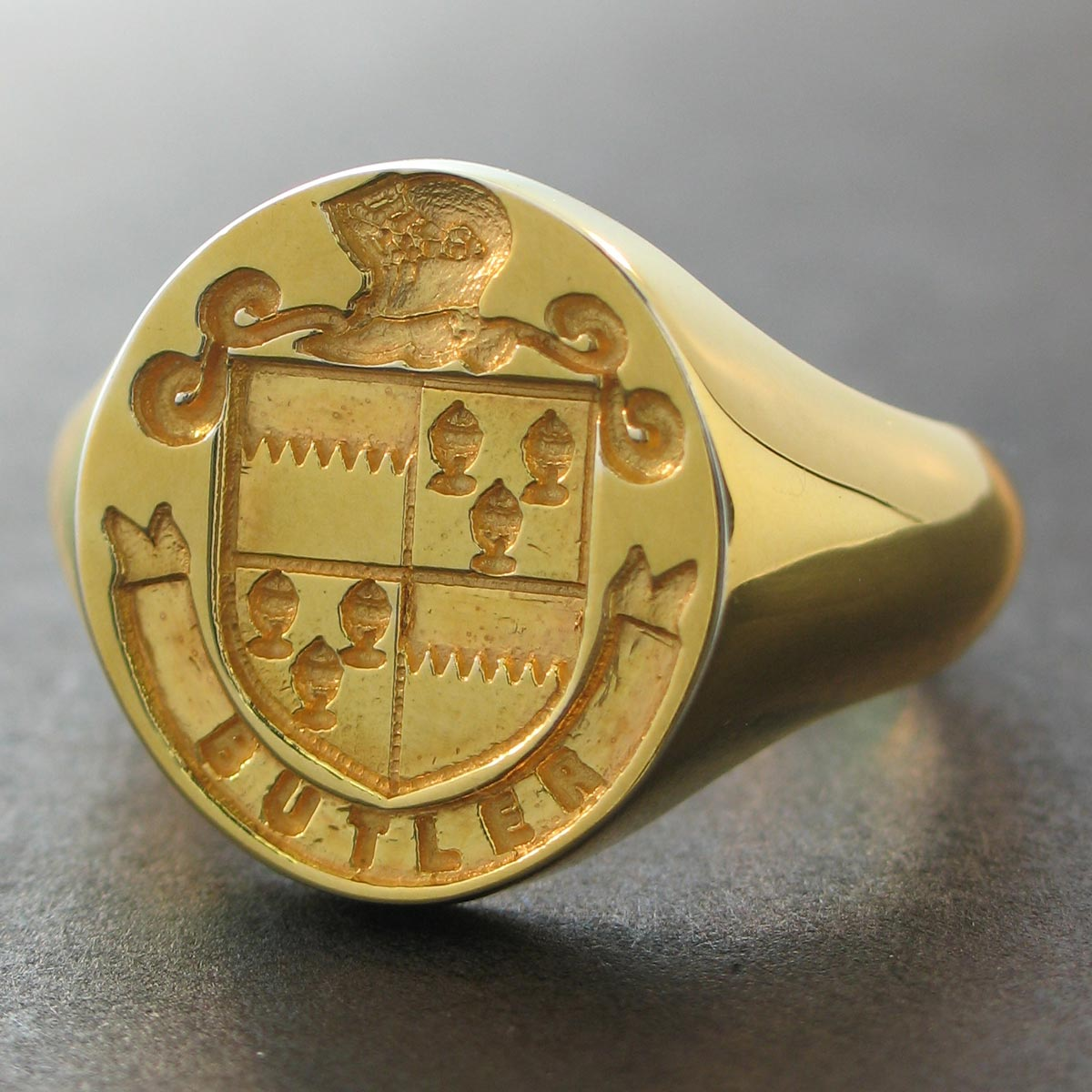 Custom Made Irish Coat of Arms Rings - Gold